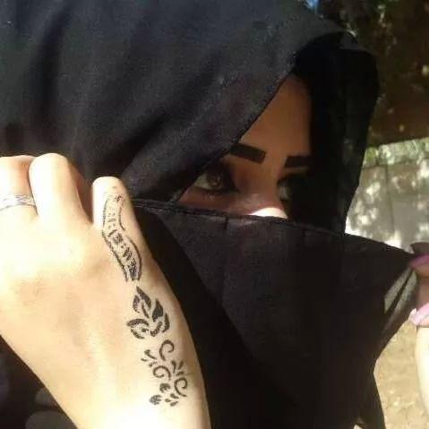 5 - للتعارف كويتية عمرها 27 سنه متعلمة ومثقفه لم يسبق لها الزواج , تبحث عن السترة والعفاف والشريك