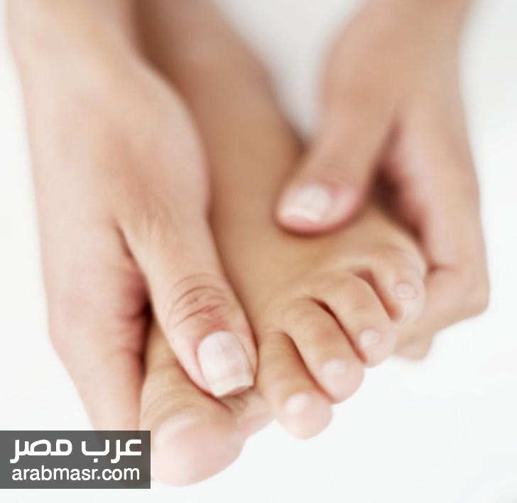 اسباب تنميل اليدين والقدمين وكيفية علاجها